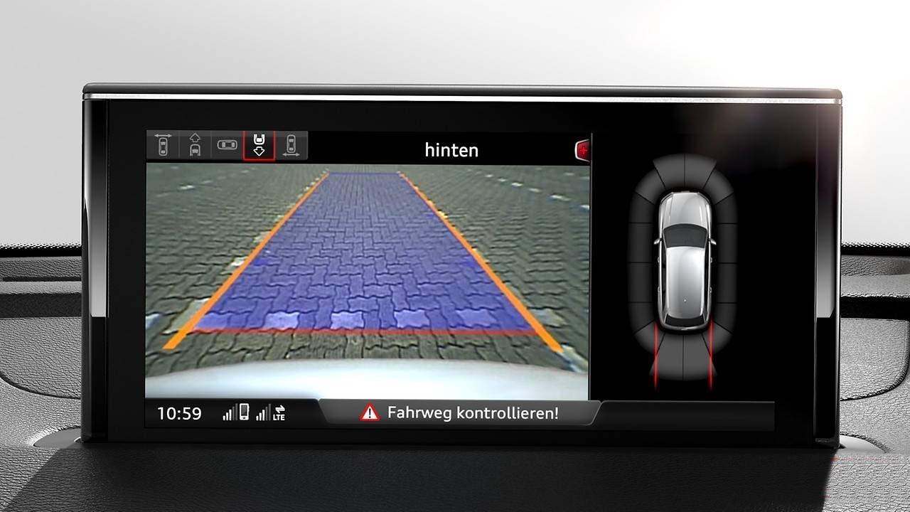 Камера заднего вида Audi Q7 4M