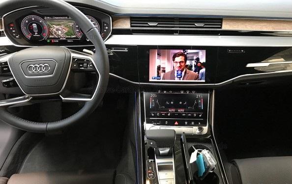 Установка оригинального ТВ тюнера Audi A8.